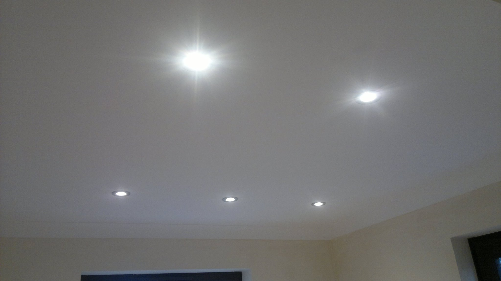 Electrician based in Sandhurst, servicing Surrey, Hampsire and Bershire